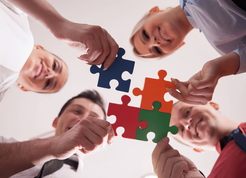 Tips-for-team-building-leaders